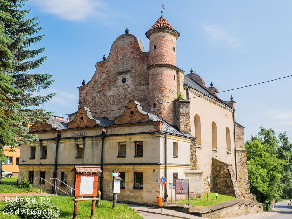 synagoga w Lesku