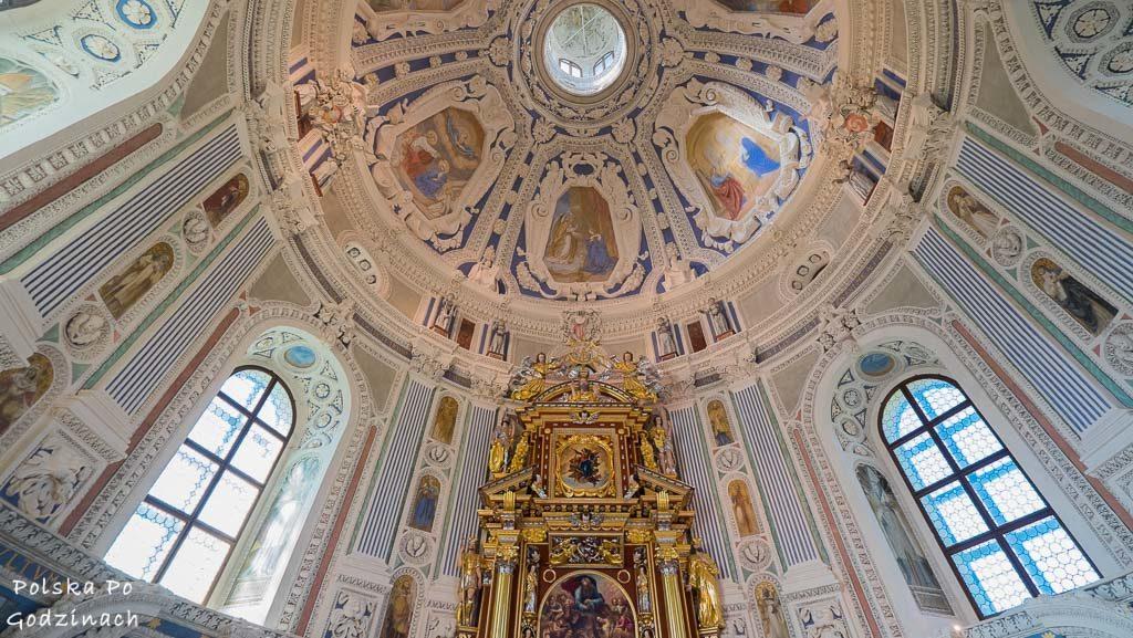 Zamek-Krasiczyn-kaplica-zamkowa-sklepienie-4791