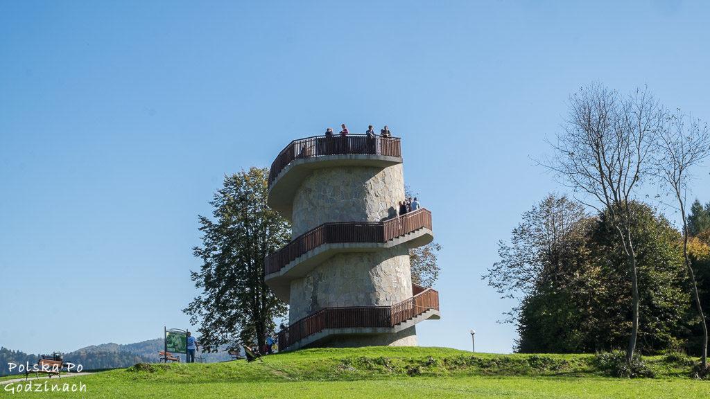 Wieża widokowa to jedna z atrakcji Muszyny.