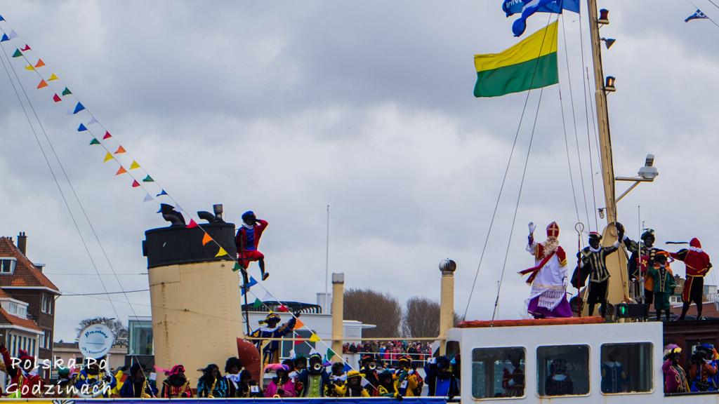Gdzie mieszka święty mikołaj? Statek Św Mikołaja w Hadze w Holandii