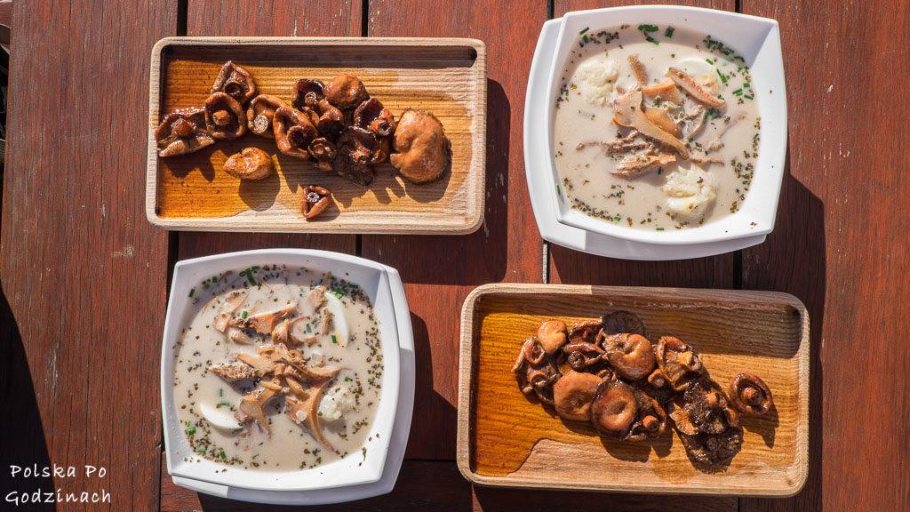 Żurek z kiszonych rydzów i smażone na maśle rydze. Łęmkowskie jedzenie jest jedną z atrakcji Muszyny.