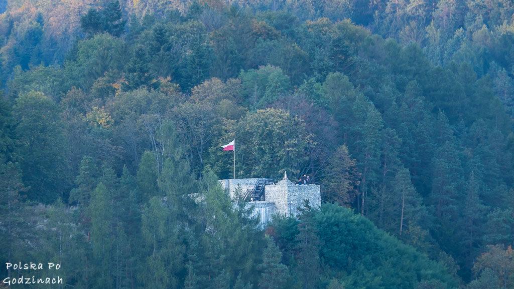 Ruiny zamku w Muszynie. Z wieży rozpościera się doskonała panorma na okolice