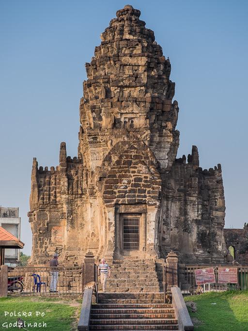 Świątynia Prang Sam Yot w Lop Buri