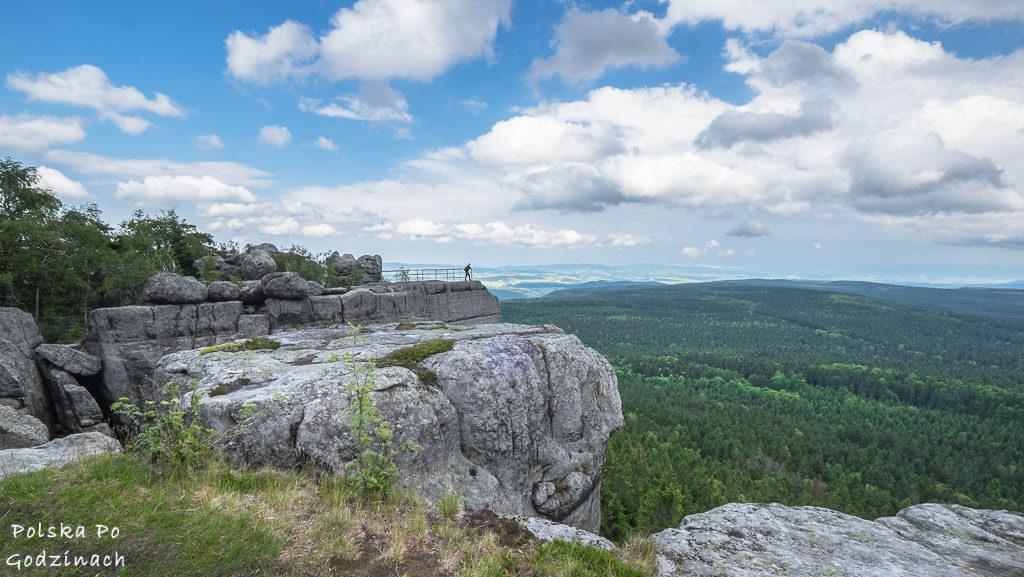 Ciekawe miejsca w Polsce. Widok ze szczytu Szczelińca Wielkiego