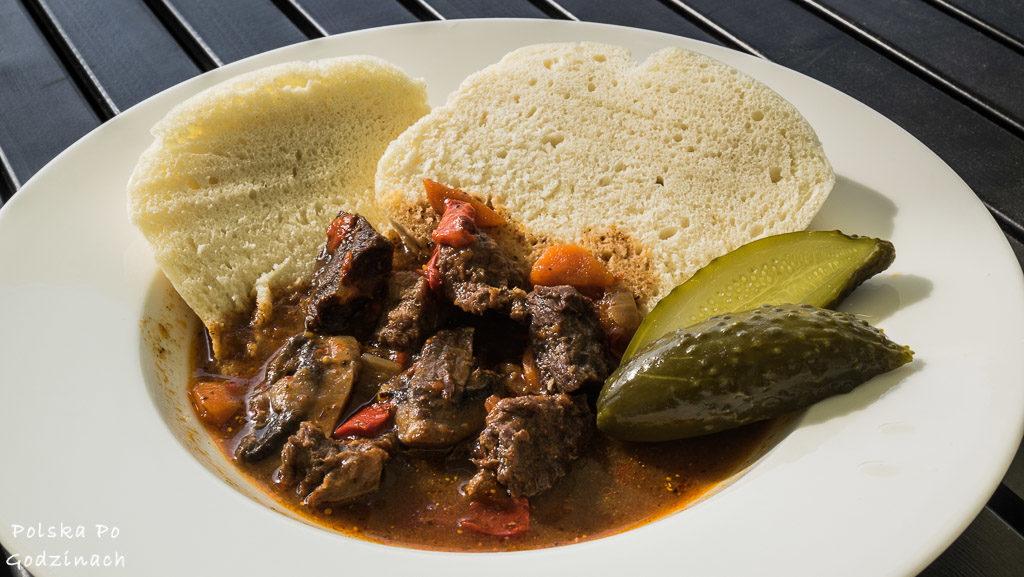 Browar Miedzianka serwuje potrawy lokalnej kuchni