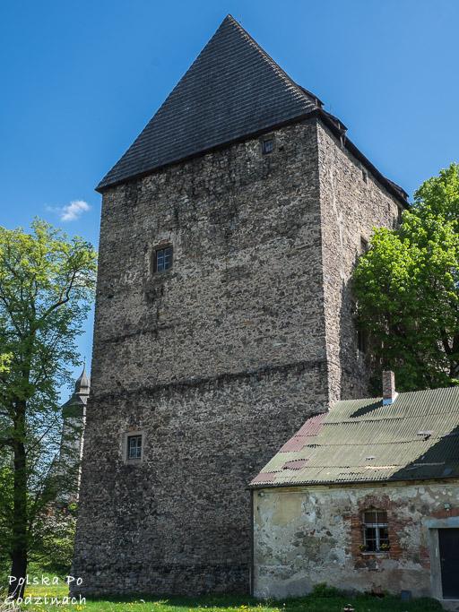 Wieża mieszkalna w Siedlęcinie to jedna z niewielu zachowanych do dziś takich wież.