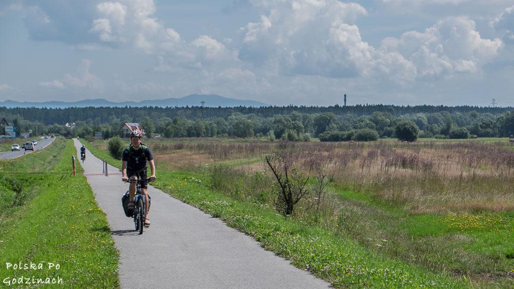 Początek trasy Szlak Wokół Tatr w okolicach Nowego Targu