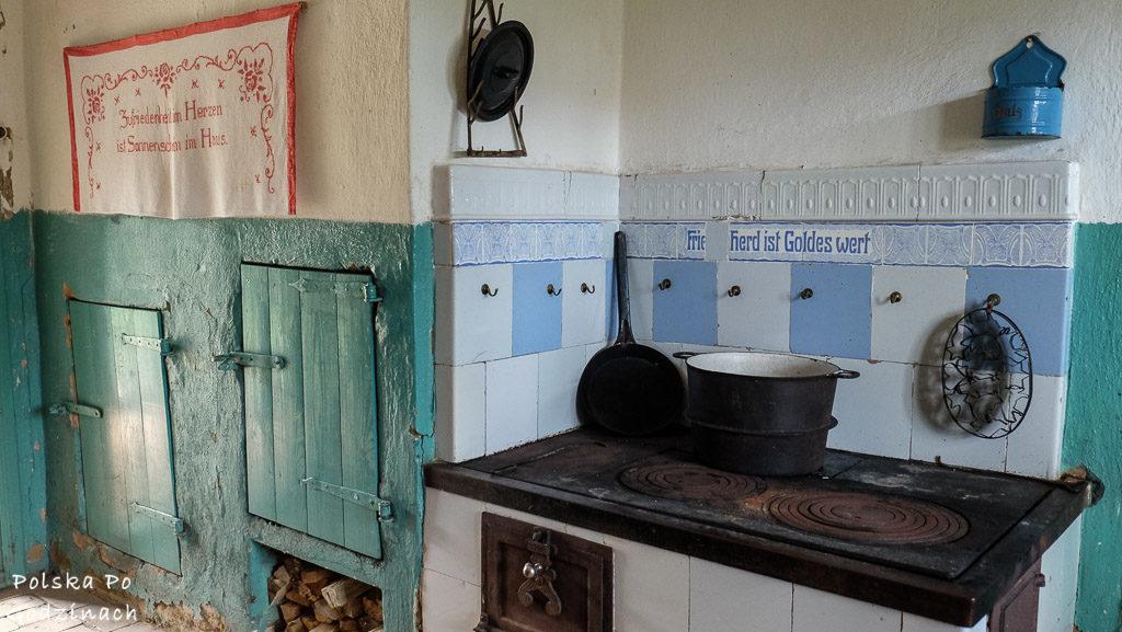 Chaty w muzeum w Klukach