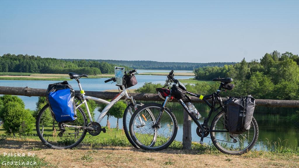 Pętla wokół Jeziora Wigry to jedna z najpiękniejszych tras rowerowych w Polsce