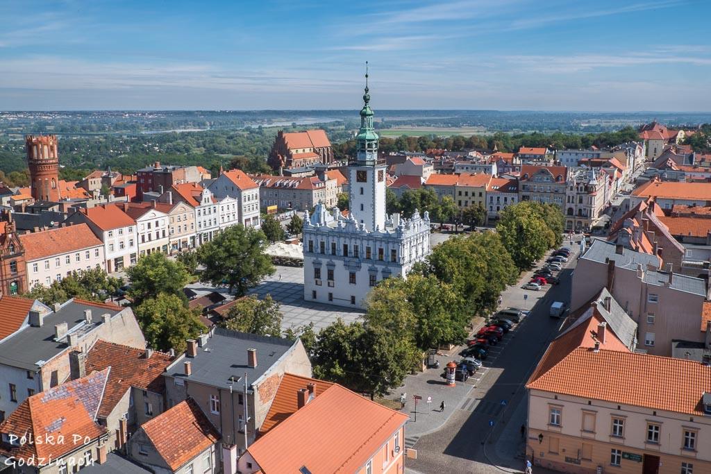 Widok z wieży kościoła to jedna z większych atrakcji Chełmna.