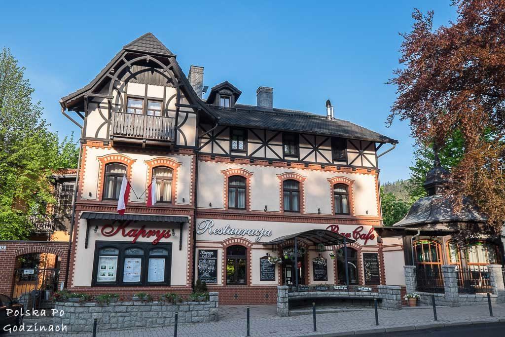 Ładne budynki cieszą oką powodujac ze Szklarska Poreba to miejsce do ktoreg warto przyjechac