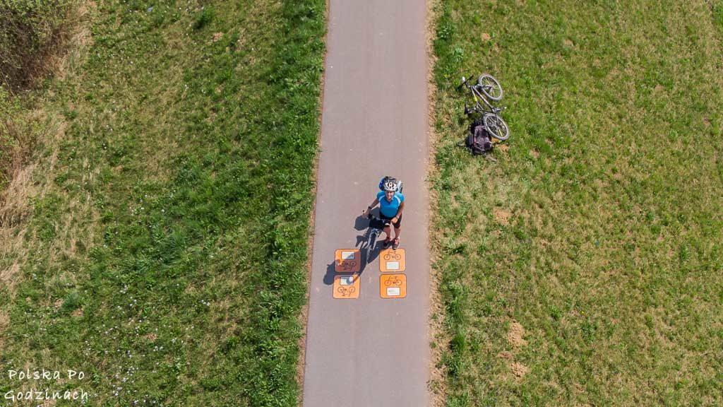 widok na Wiślaną Trasę Rowerową z drona