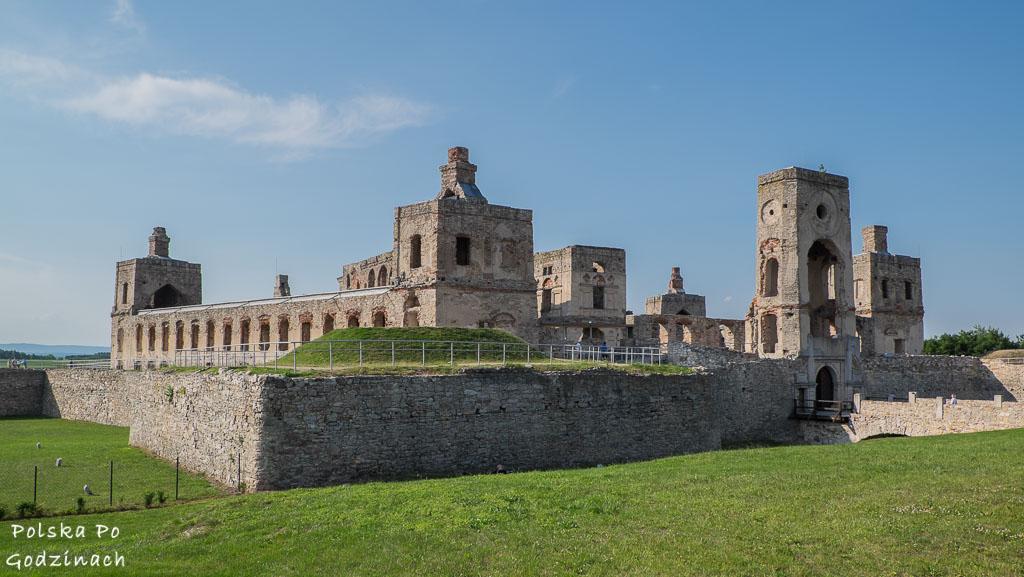 widok na Zamek Krzyżtopór