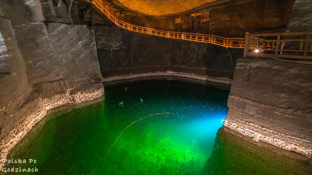 podziemne. zielone jeziorko w Kopalni Soli Wieliczka