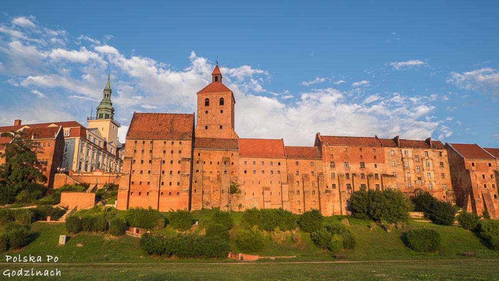 Średniowieczne spichrze nad Wisłą to jedna z największych atrakcji Grudziądza.