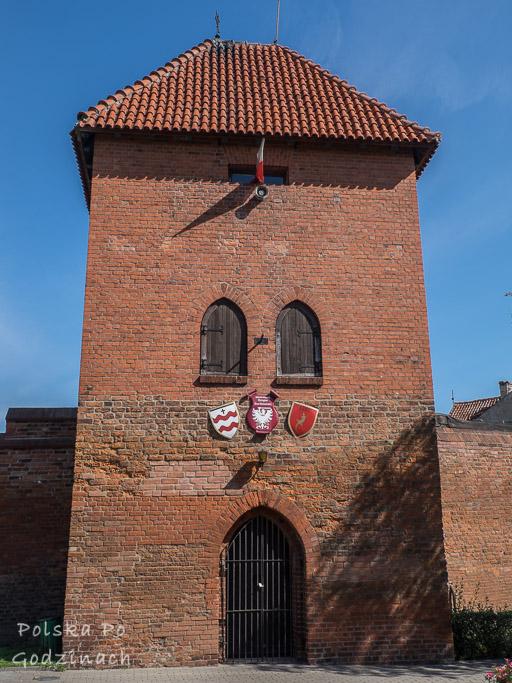 Zachowane Baszta Panieńska to co cenna atrakcja architektoniczna Chełmna.