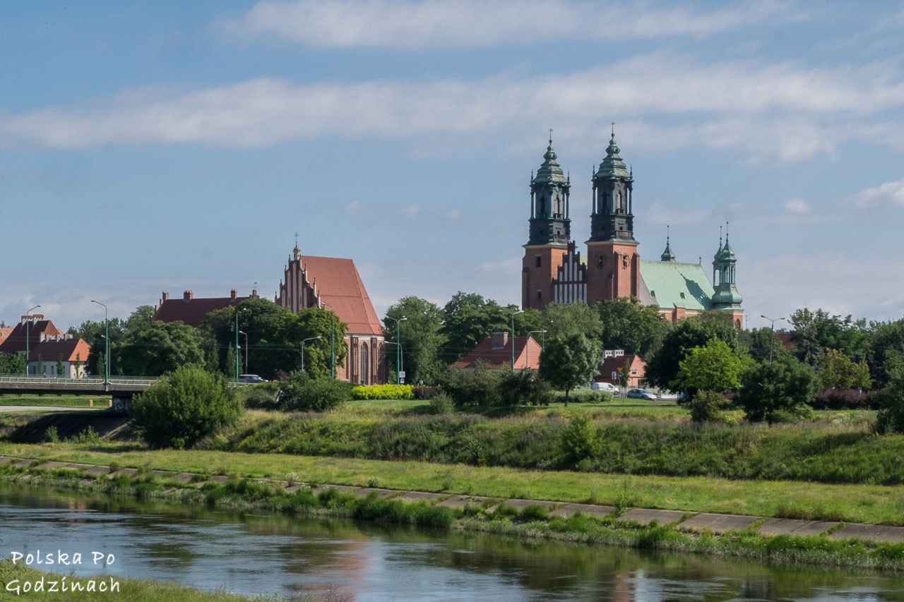 Katedra w Ostrowie Tumskim to jedna z największych atrakcji Poznania.