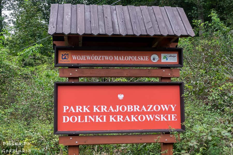 Znak granicy Parku Krajobrazowego Dolinki Krakowskie.